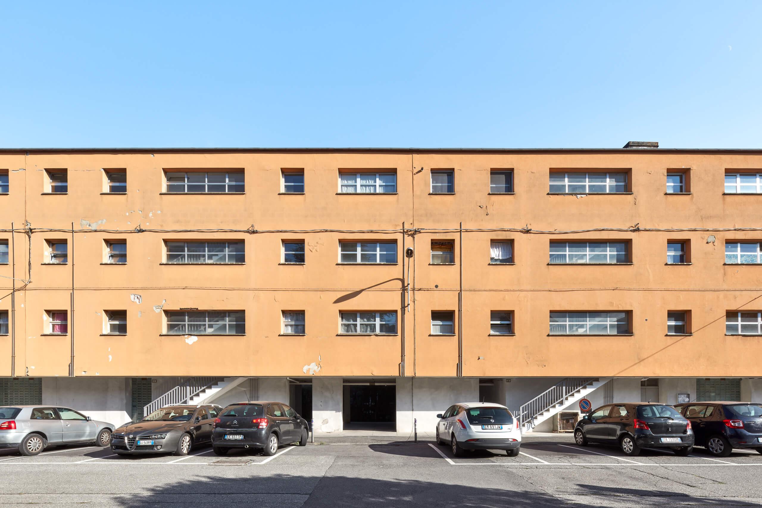 Federico_Covre_Casa_Popolare_Borgo_Olivetti_Figini_Pollini_1939-41_Ivrea_2020_03
