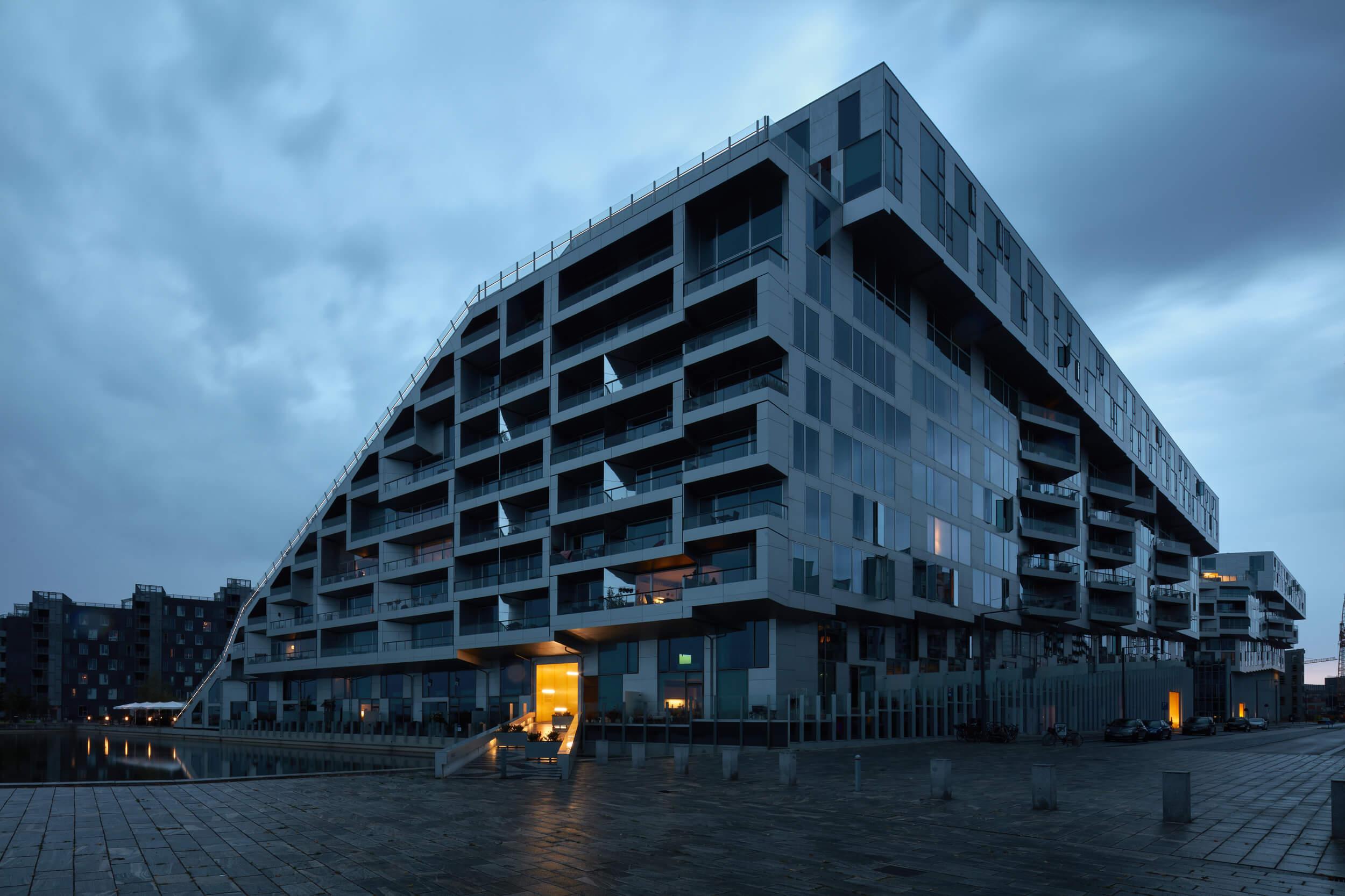 8 house<br>BIG<br>Bjarke Ingels Group