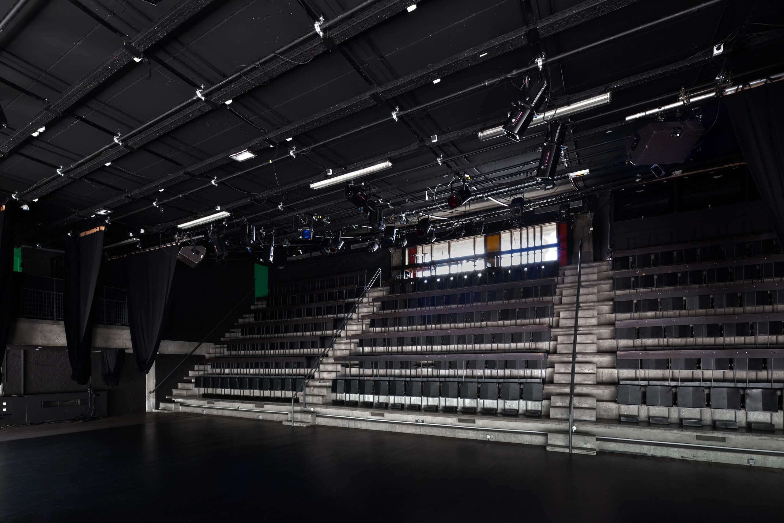 Federico_Covre_Le_Corbusier_Stadium_Firminy_2018_17