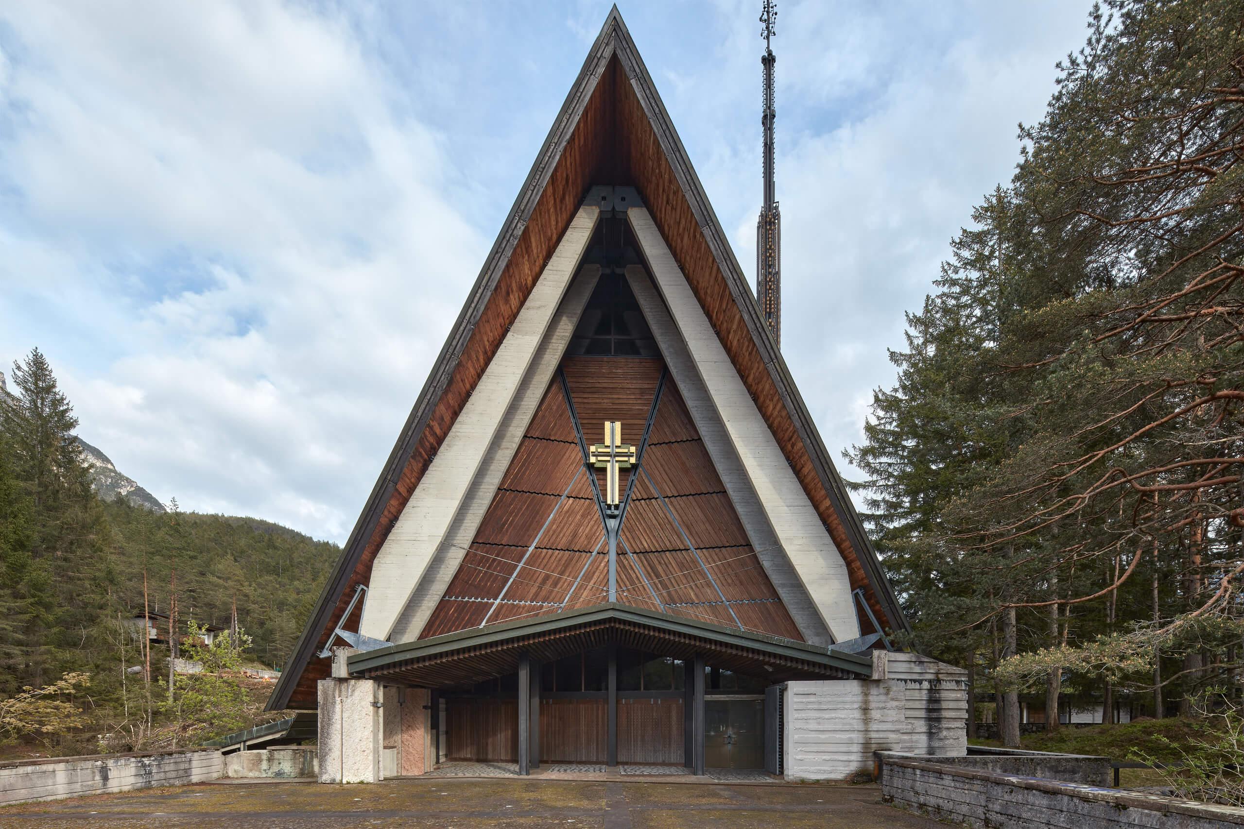 Chiesa Nostra Signore del Cadore – Arch. Edoardo Gellner – A